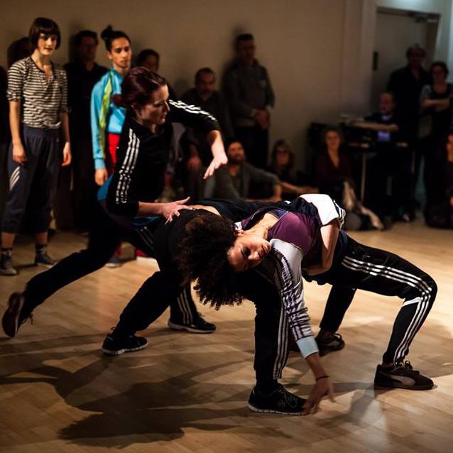 Lenigheid is zeker vereist bij sommige ingewikkelde dansen